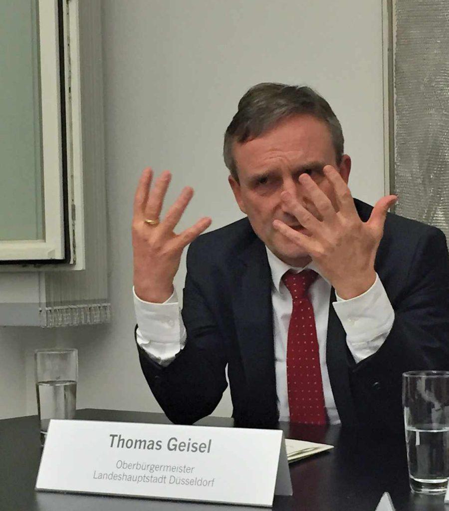 ob-geisel-duesseldorf-fehlende-transparenz-grossprojekt-rrx-duesseldorf-klage-verwaltungsgericht-stadtverwaltung-angermund