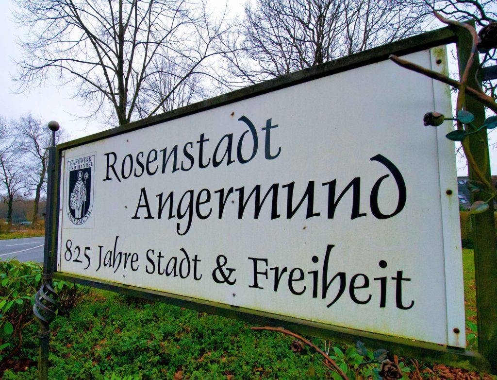 rosenstadt-angermund-strassenschild-duesseldorf-bahnlärm-rrx
